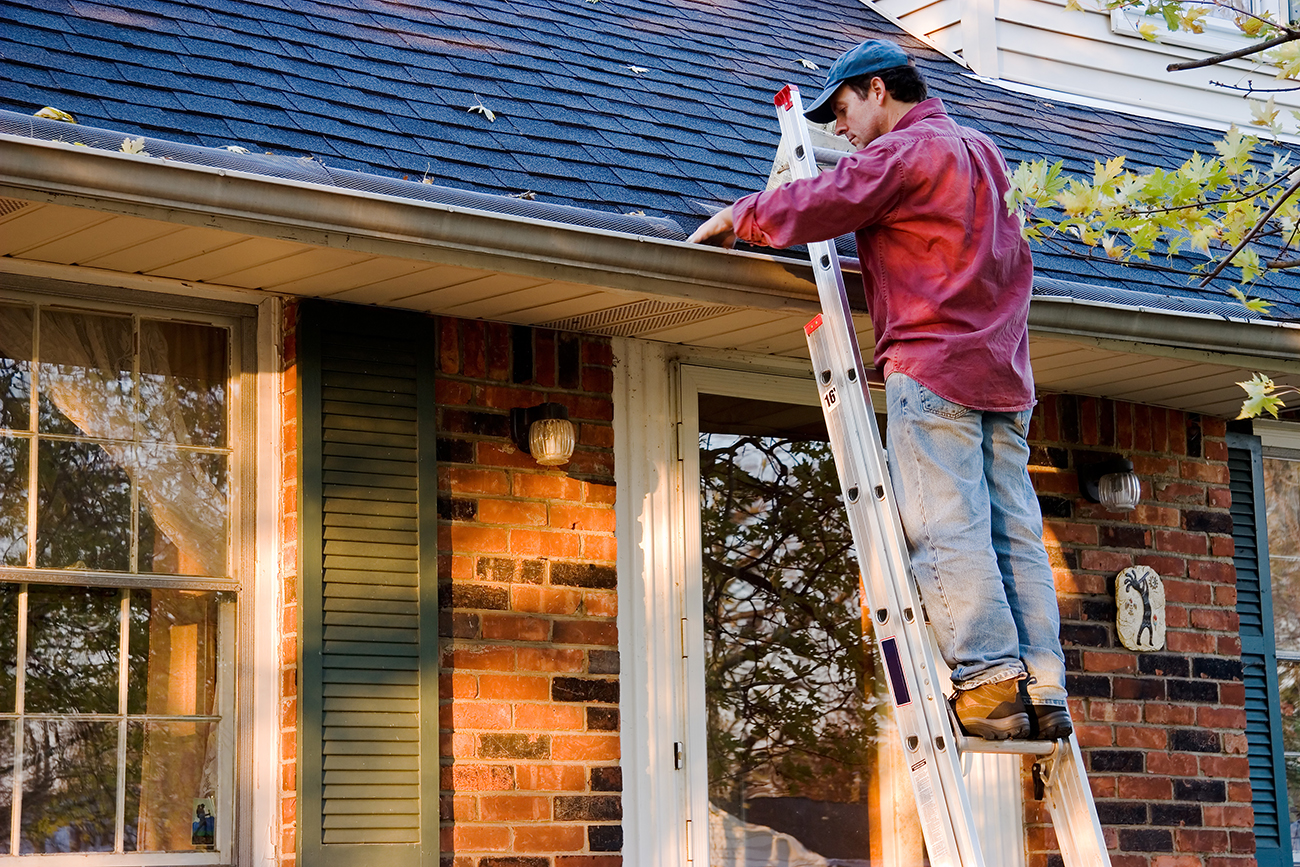 7 Home Maintenance Tips for Fall